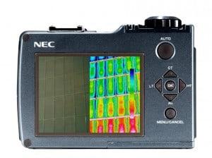 irPOD Mini IR-Wärmebildkamera, Infrarotkamera Avio NEC Thermo Shot F30W